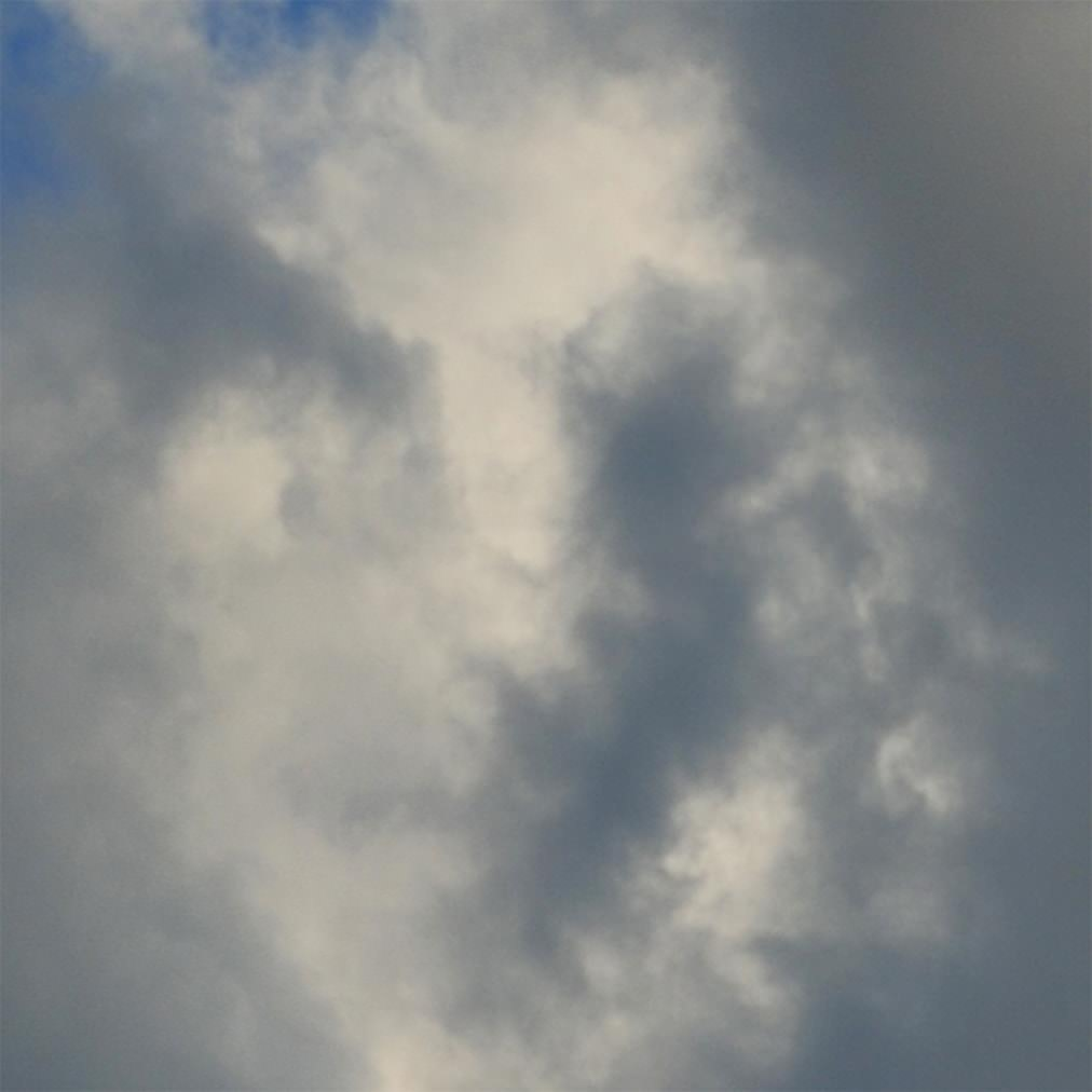Cloud Face<br>(Real Time, 2015)